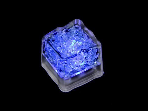 [리퍼 제품] Glowing Ice LED Cube - Blue