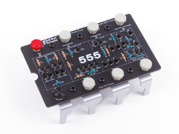 'Three Fives' Discrete 555 Timer Kit - v2.0 [ada-1526]